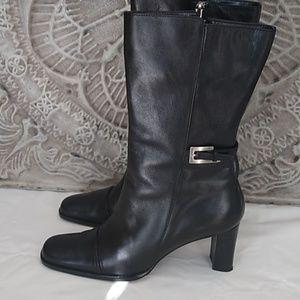 Anne Klein black leather 8M boots